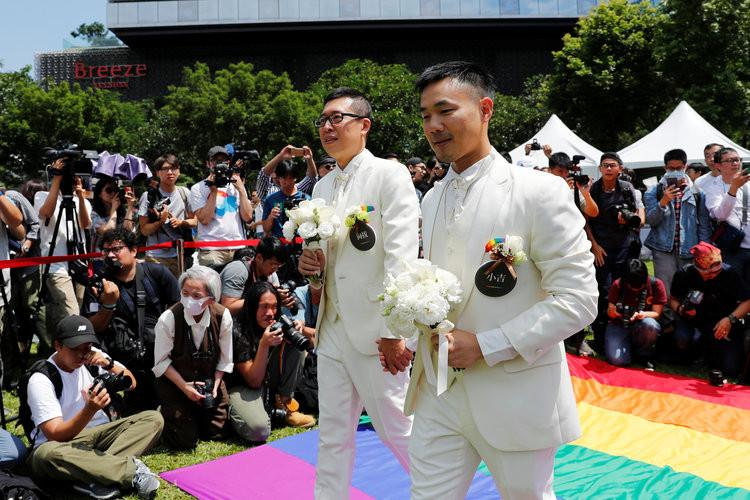 Homosexuality in Traditional Asian Culture
