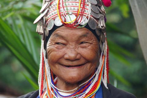 thai-weird-smile-lady