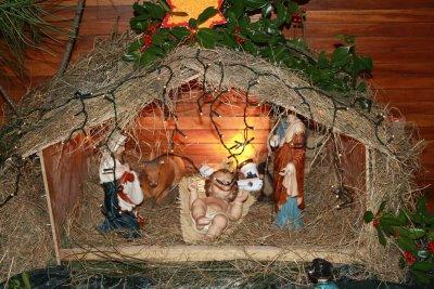 Jesus Christmas Decorations.Christmas Decorations And Cultural Differences